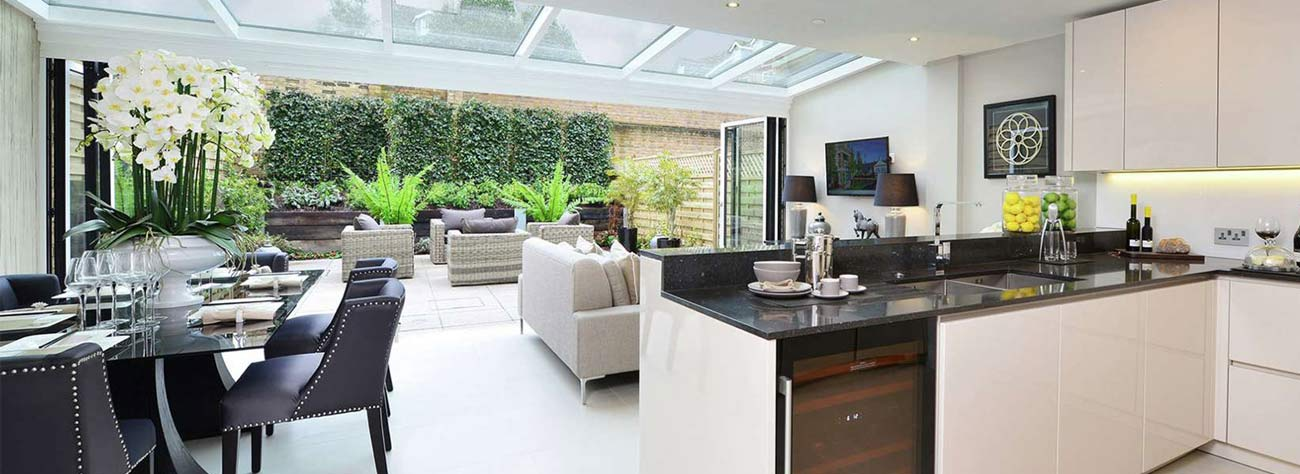 IDSystems bifold doors and glass roofs