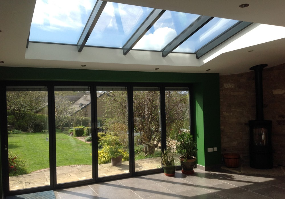 Glass roof sat in tiled lean-to roof