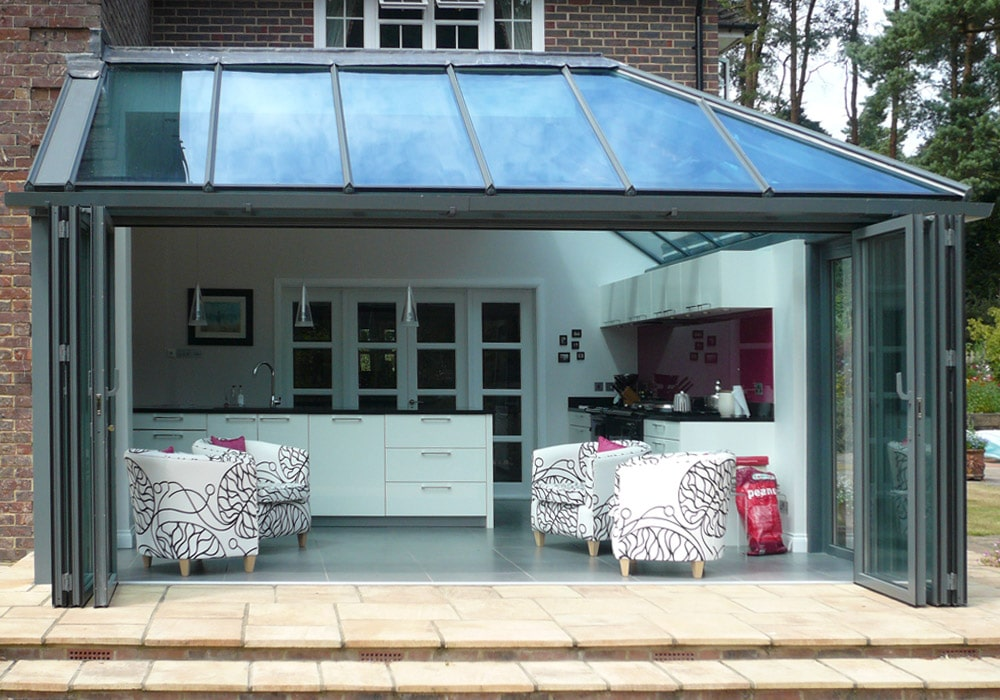 Hipped lean-to roof above bifold doors