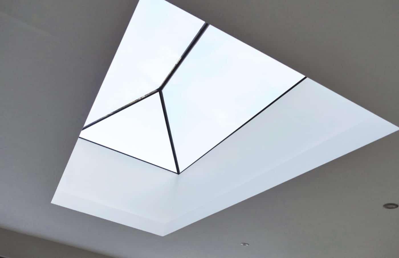 Frameless glass lanterns from IDSystems