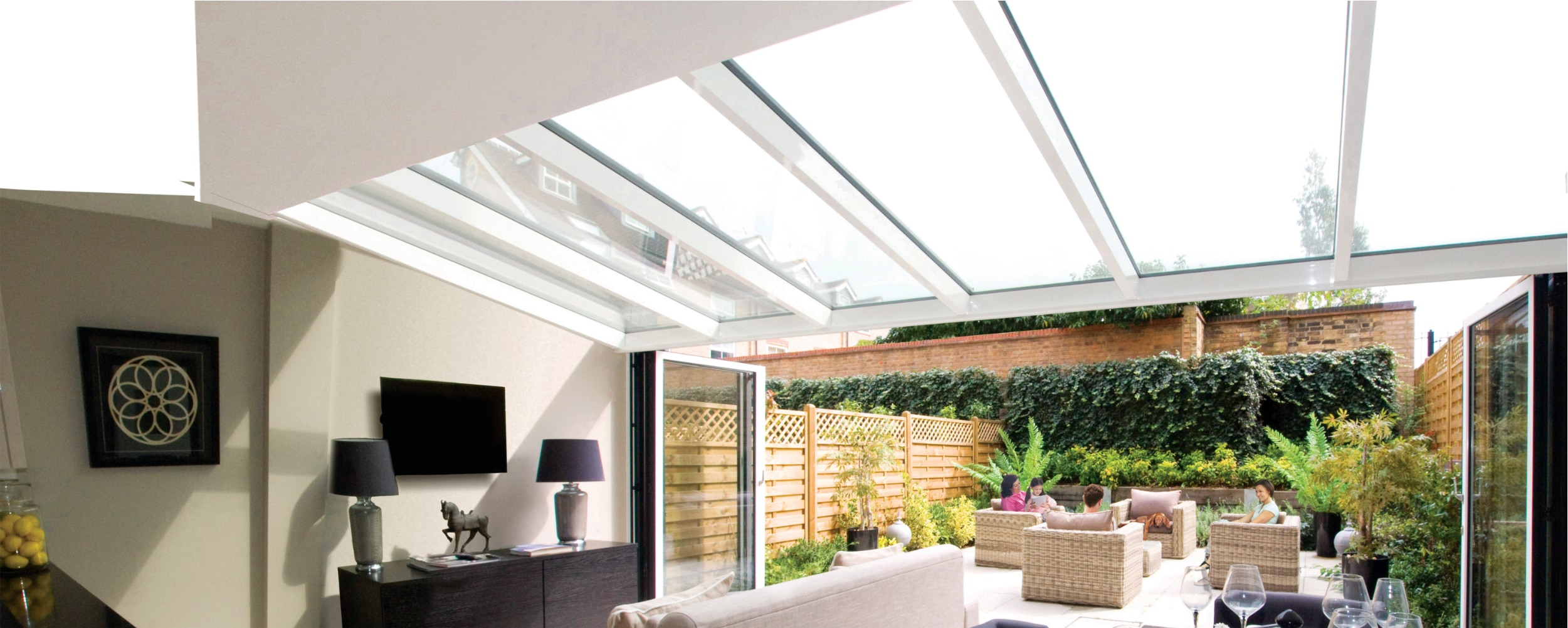 Bespoke structural glass roof installation in spectacular room setting