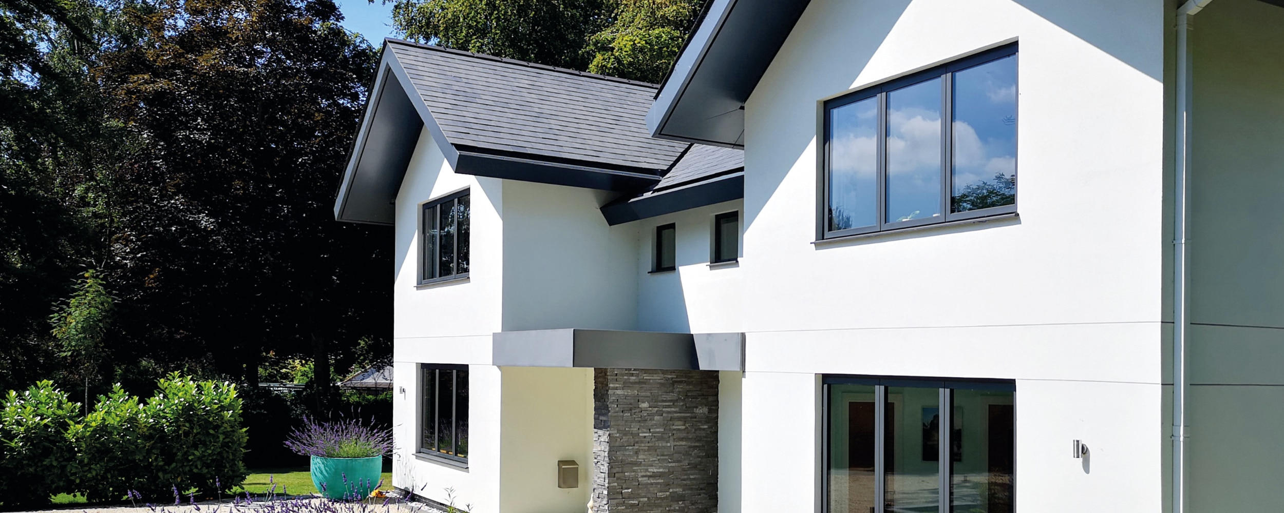 IDSystems high quality aluminium windows with openings